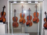 violins_exhib